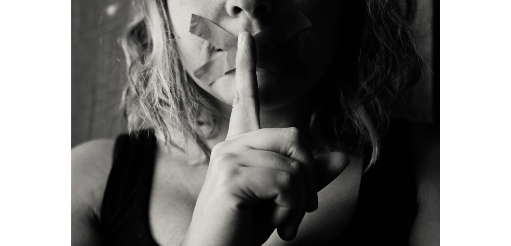 Fear Whisperer  |  Sahar Andrade  |  SUE Talks